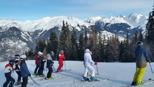 Our 4ème students skiing